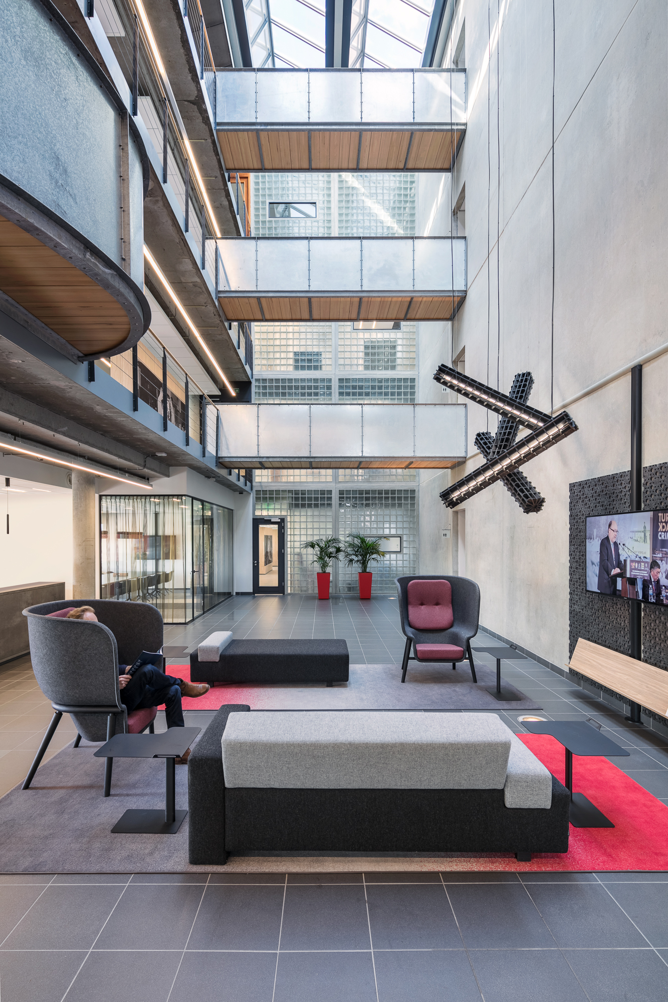 UL International office in Arnhem, main entrance