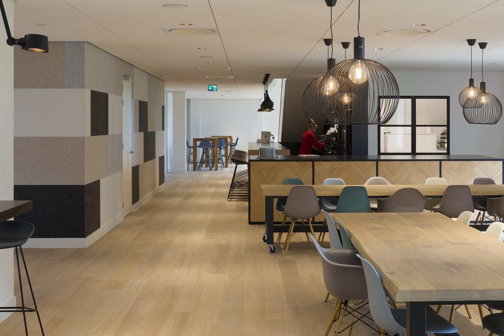Easyflex office design with PET Felt panels